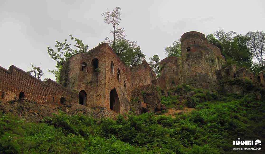 قلعه رودخان کجاست