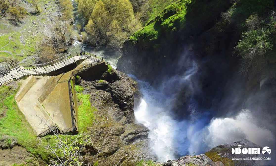 بهترین فصل سفر به آبشار شلماش