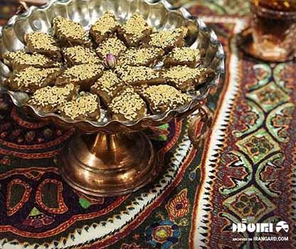 سوغات کرمان - خرما بریز