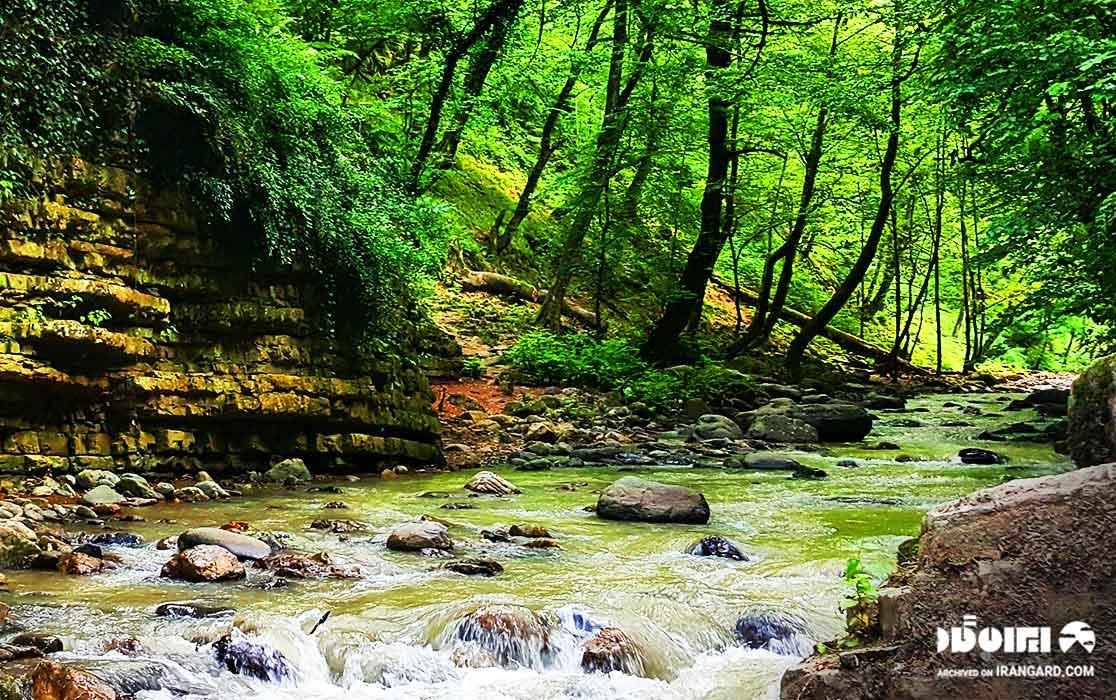 جاذبه های نزدیک به آبشار ویسادار