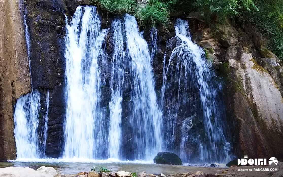 آبشار پلکانی وارک
