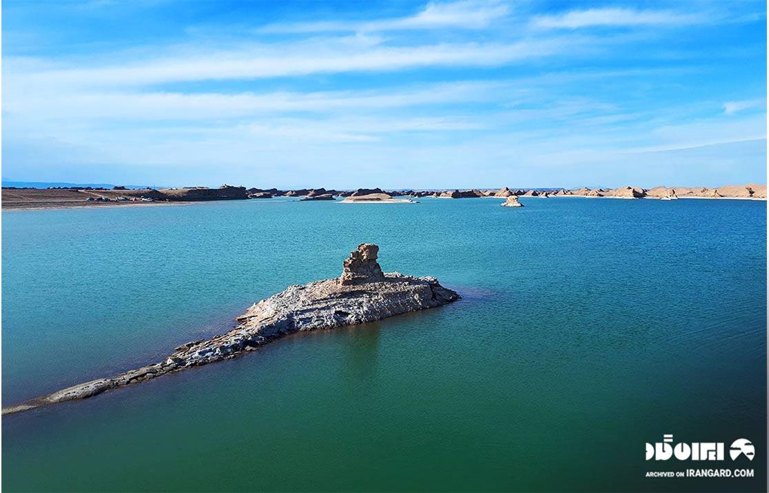 دریاچه کلوت کویر شهداد