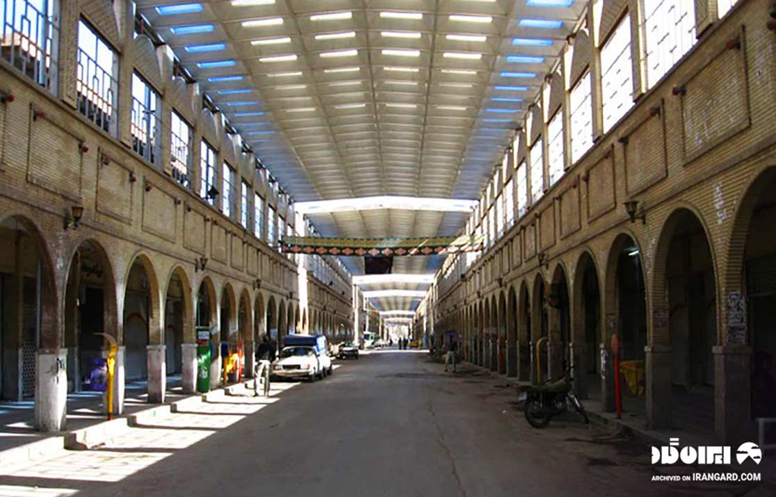 بازار خیابان نادری