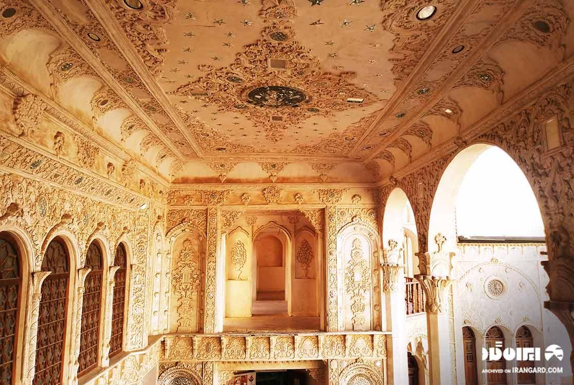 معماری خانه طباطبایی های کاشان